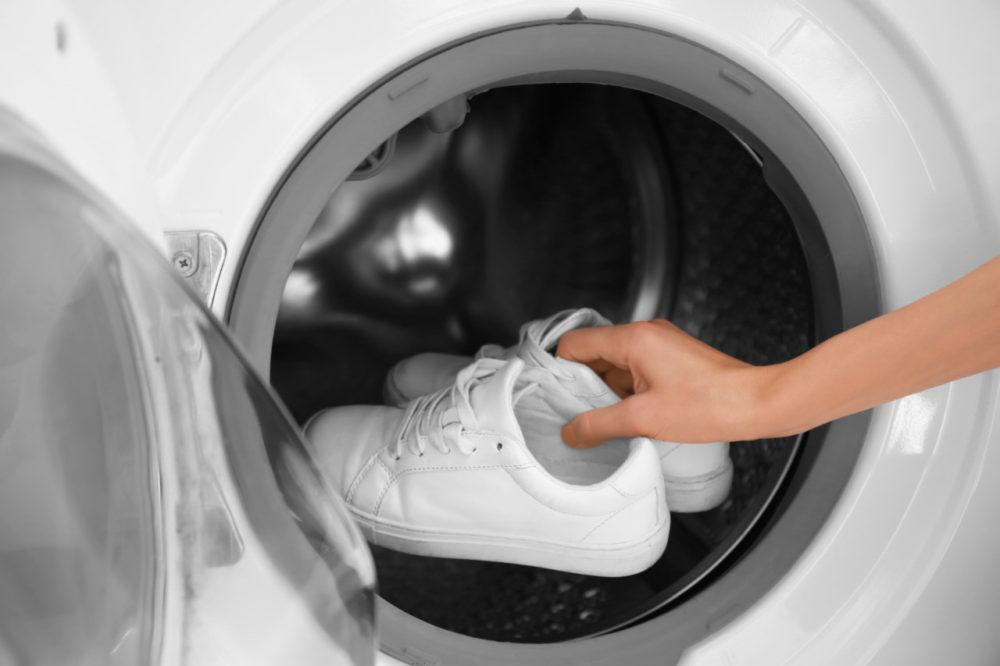 Стираем и сушим кроссовки