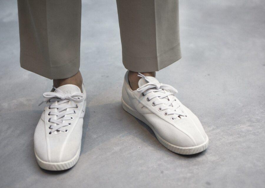 Как растянуть кроссовки/кеды по длине или по ширине
