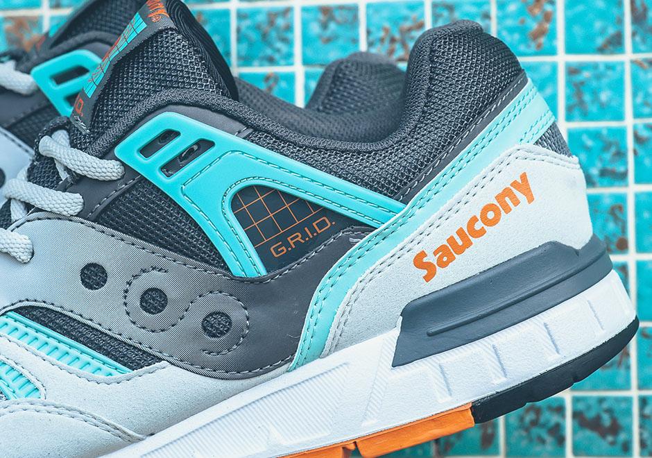 Первые кроссовки Saucony Grid SD