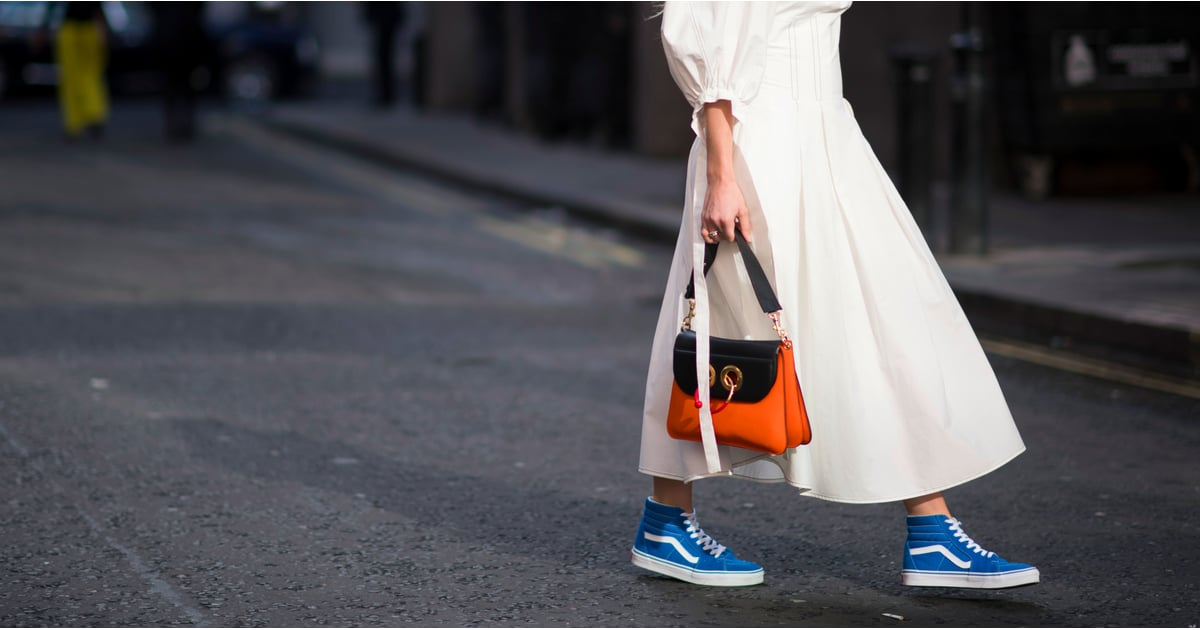Сочетание сумки и кроссовок