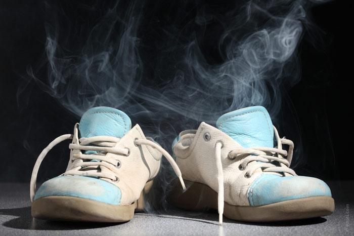 Способы удаления запаха из кроссовок