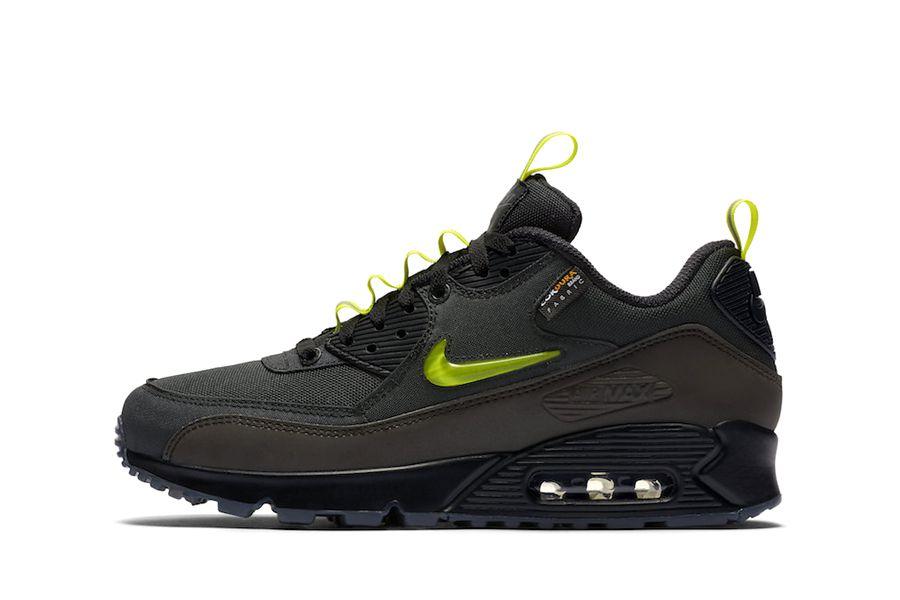 "Nike Air Max 90 x The Basement ""Manchester"""