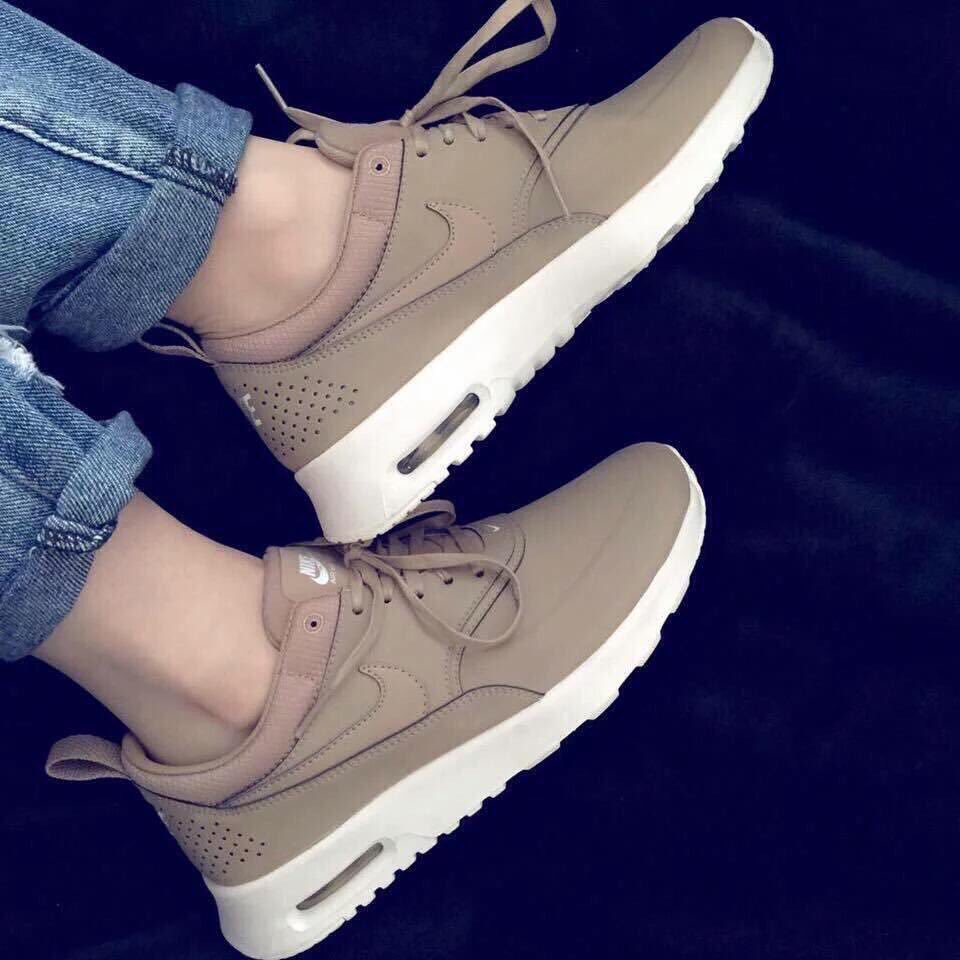 коричневые кроссовки фото