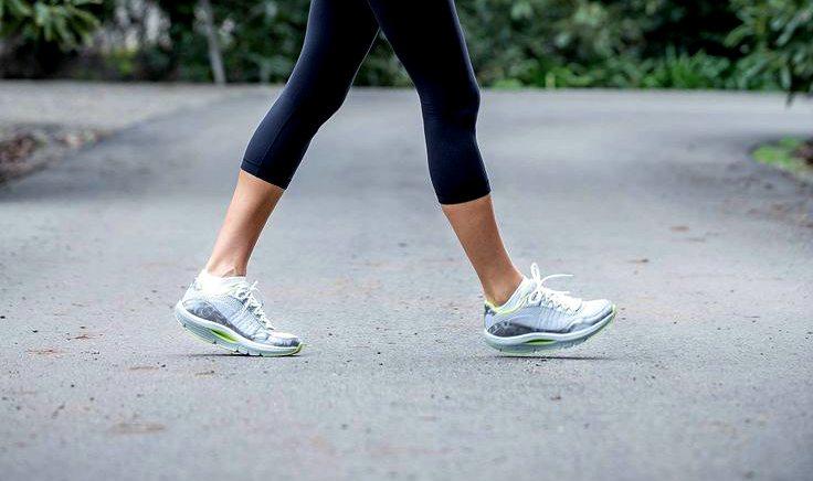 Женские кроссовки для ходьбы