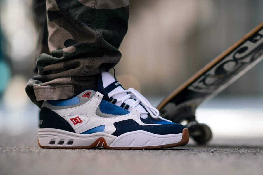 DC Shoes & Butter Goods запускают коллекцию кроссовок и одежды в стиле 90-х годов
