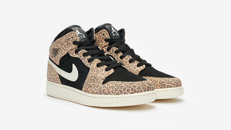 Джордан 1 с леопардовым принтом