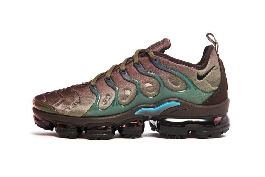 "Nike VaporMax Plus в цвете ""Baroque Brown"""