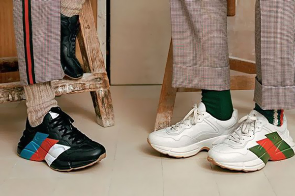 Сочетание кроссовок с одеждой
