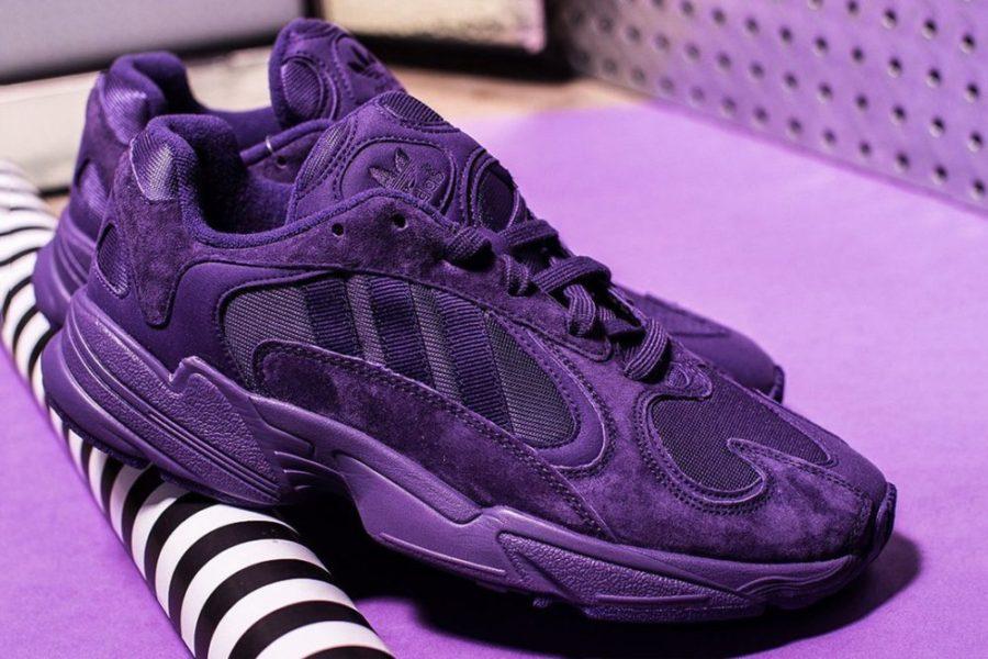 С чем носить фиолетовые кроссовки