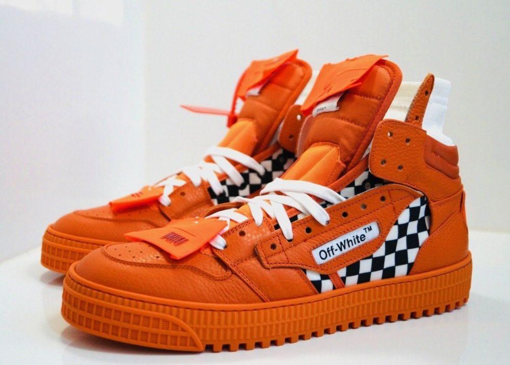 как выбрать оранжевые кроссовки