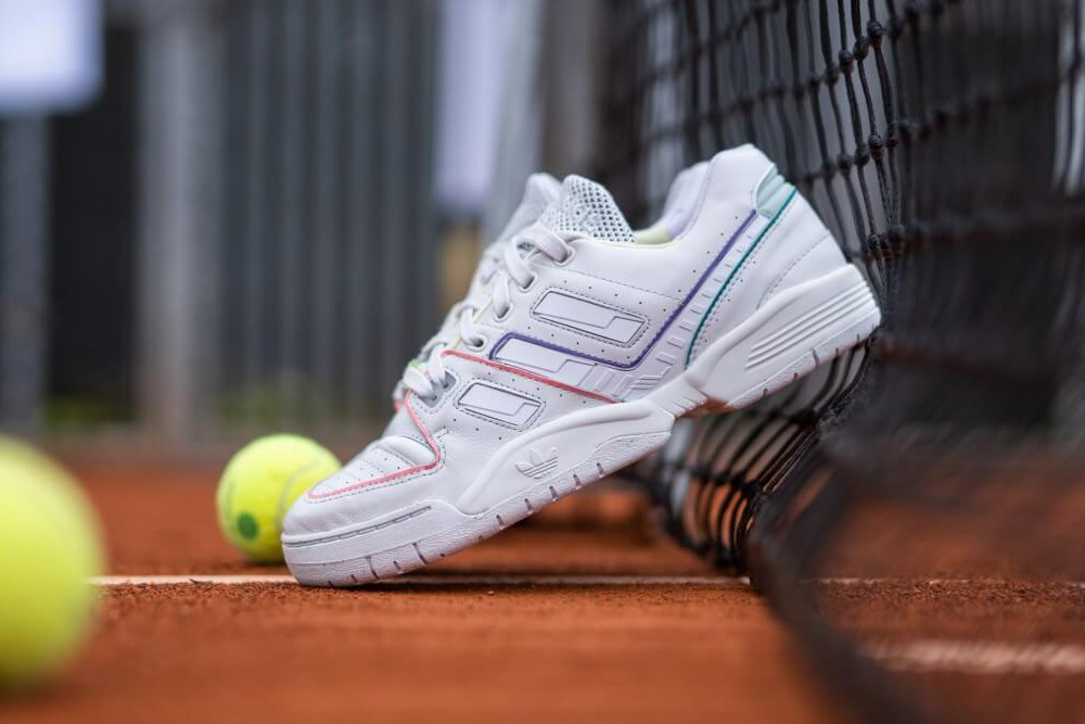 "Ретро кроссовки Adidas Torsion Comp ""Crystal White"""