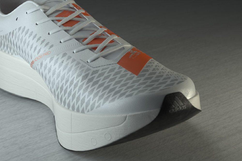 Adidas представил инновационные кроссовки adizero adios Pro