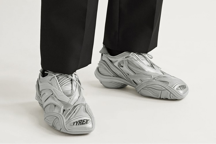 Кроссовки вдохновленные сетью мышц тела - Balenciaga Tyrex