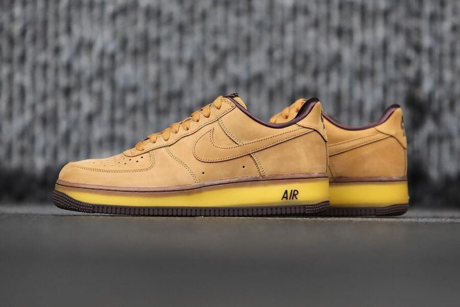 "Возвращение версии 2001 года - Nike Air Force 1 ""Wheat"" из нубука"