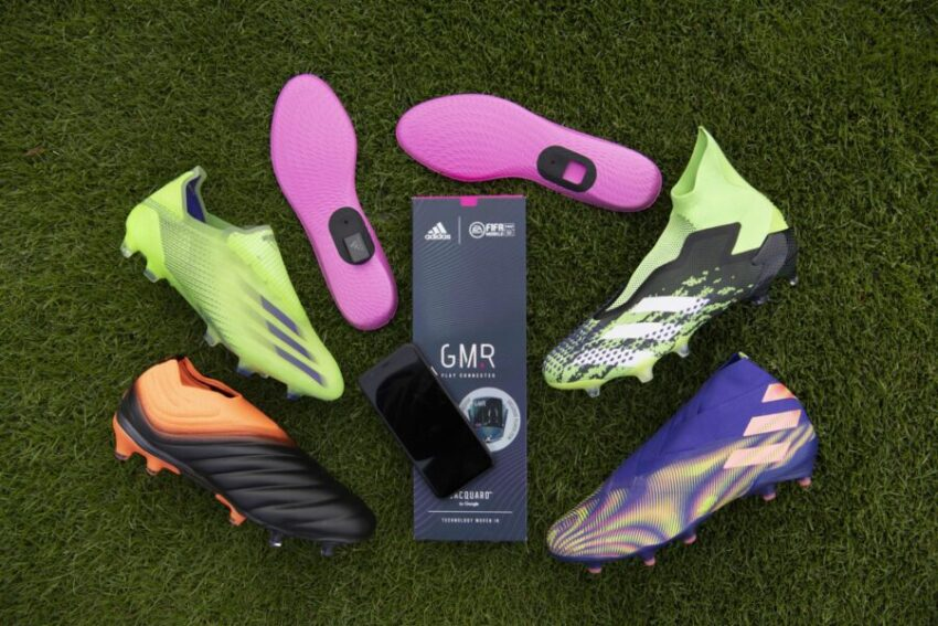 Стелька Adidas GMR для записи физических данных в футболе и игры FIFA Mobile