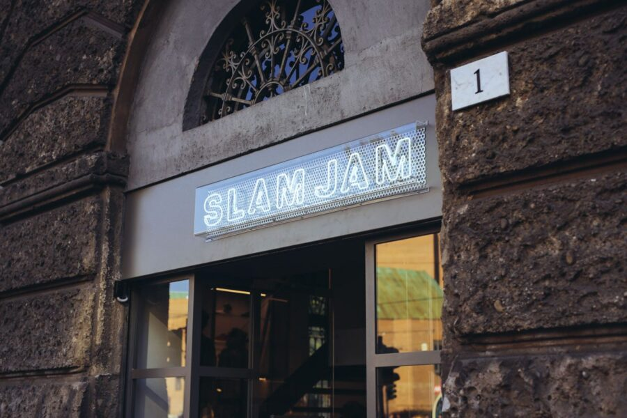 История магазина Slam Jam и сотрудничества с ASICS